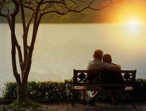 Elderly couple experiencing Sundowner's Syndrome.